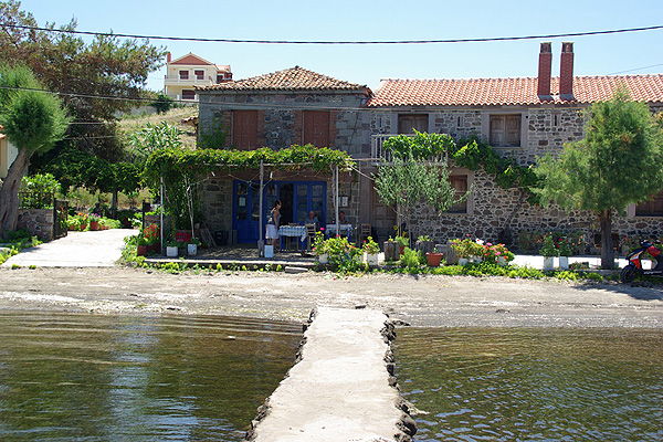 LESVOS HOTELS APARTMENTS WHERE TO GO 014