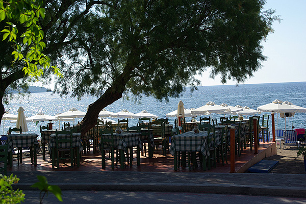 LESVOS HOTELS APARTMENTS WHERE TO GO 020