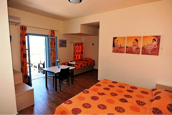 LESVOS HOTELS APARTMENTS FAMILY ROOM 010